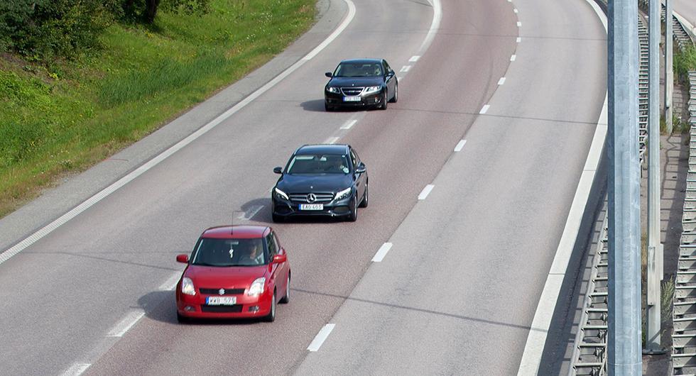 Färre bilar på vägarna under sommaren