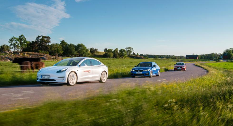 Kvinnliga bilister tar större klimathänsyn än män