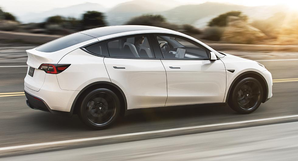 Tesla slopar billigaste Model Y