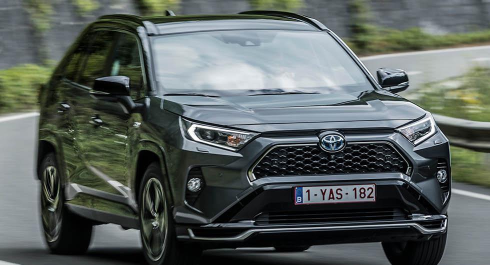 TV: Första intrycket av Toyota RAV4 Plug-in Hybrid – snål och snabb