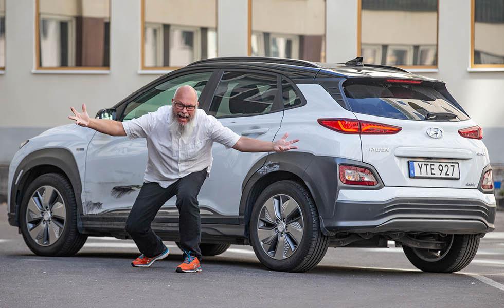 Vår långtest-Hyundai krockad efter hastigt filbyte