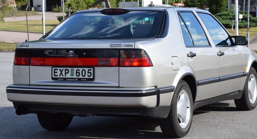 Nästan okörd Saab 9000 såld för rekordpris