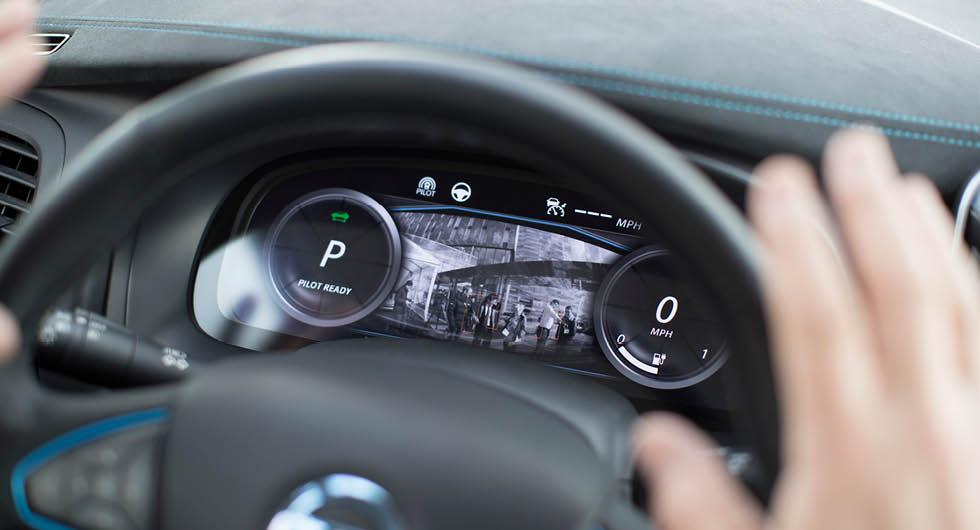 Litet antal självkörande bilar ger mycket bättre trafikflöde