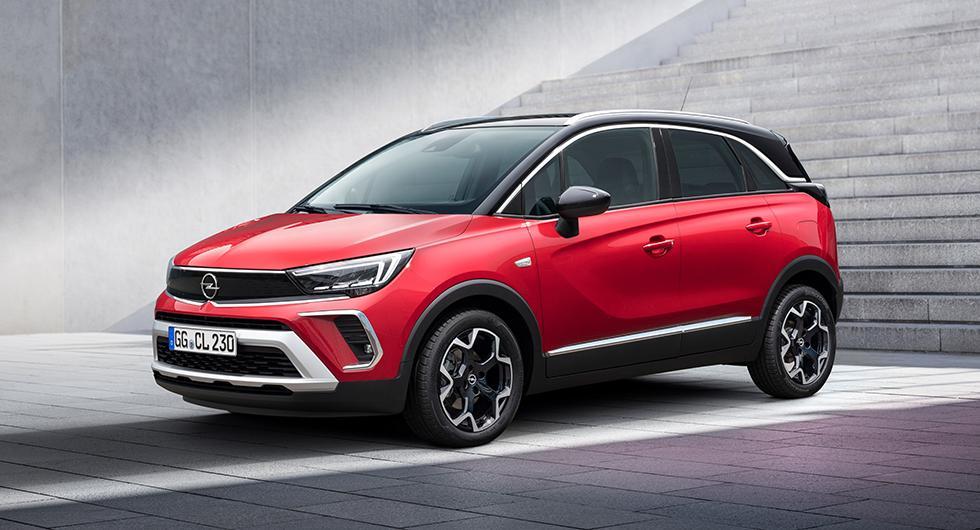 Opel Crossland dumpar X och tar ansiktsvisir från Mokka