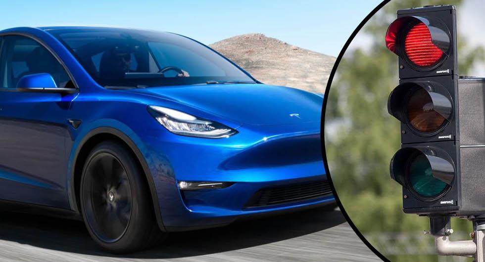 Tesla blir mer självkörande – och skruvar upp priset
