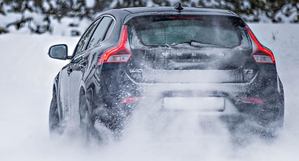 Nytt snöoväder på ingång – dags för vinterdäck