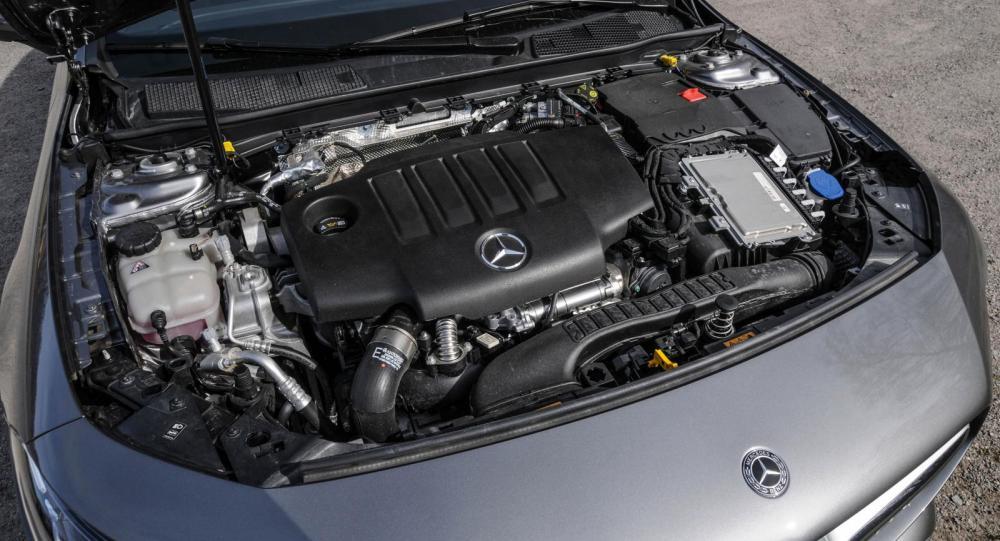 Besked i dag: Mercedes utvecklar ny motor med Volvoägaren Geely