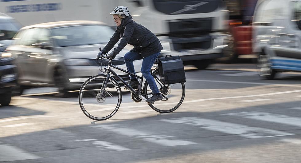 Bilfrågan: Behövs cykelpassager?