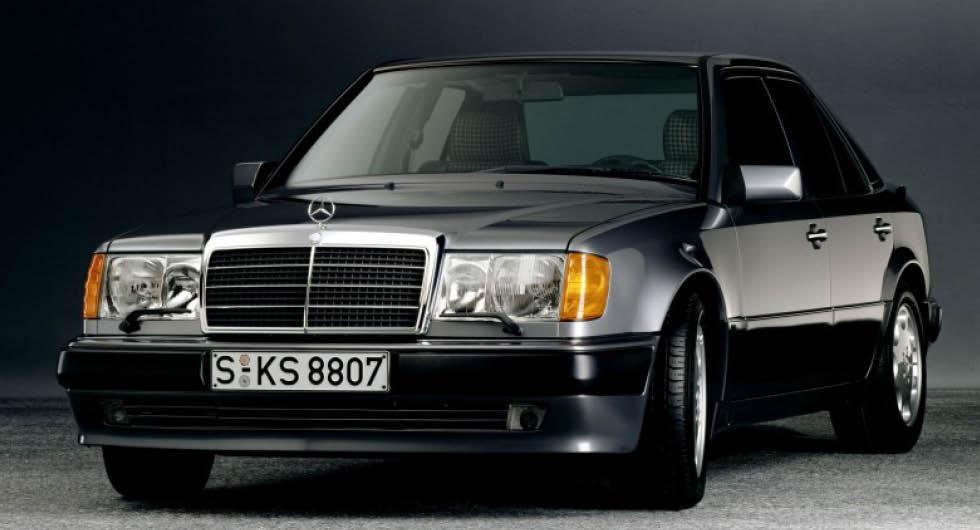 Mercedes 500E: En bomb i diskret lyxförpackning