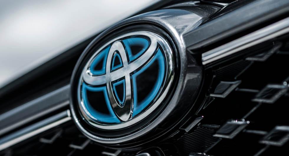 Efter Volvos besked: Handlarna sneglar mot Toyota