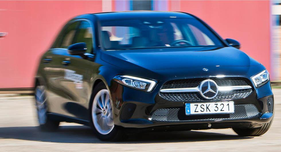 Mercedes återkallar för fukt i kupén och elsystemet