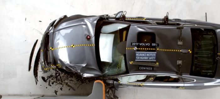 Krocksäkerhet på moderna bilar.