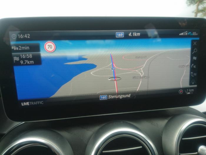 Moderna navigationssytem i moderna bilar