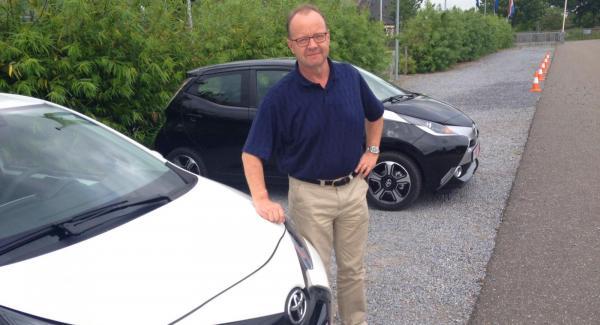 Calle Carlquist provkör nya Toyota Aygo i Holland.