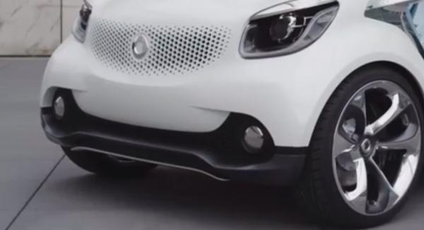 Daimler smygvisar kommande generation Smart Fortwo och Forfour.