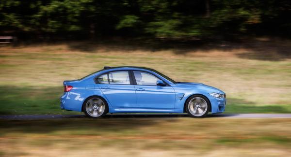 Nya BMW M3 är rysligt snabb men imponerar även till vardags.