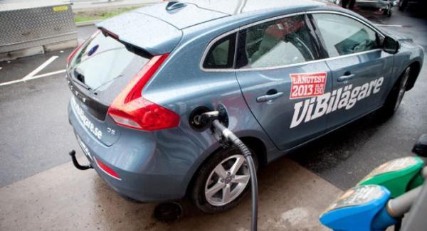Vår Volvo V40 har haft problem med ojämn motorgång, ett besvär som nu är tillbaka.