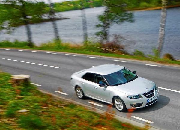 Var får man tag i uppdateringar till navigationen när Saab inte kan hjälpa till?