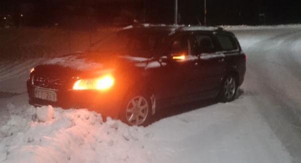 """""""Spökbilen"""" har gått av vägen, men några felkoder går inte att finna. Bilen har nu tagits om hand av Volvo."""