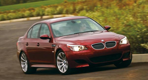 Det är bättre att vara på den säkra sidan vid köp av en så pass avancerad bil som en senare BMW M5.