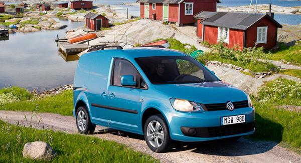 Volkswagen har stoppat leveranserna av nya Caddy transportbilar med Euro 5-motorn.