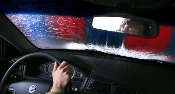 I snitt tar en biltvätt sju till tio minuter och under tiden väljer var tredje svensk att inte göra någonting särskilt, enligt en ny undersökning.