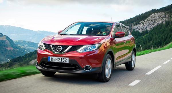 Frågeställaren funderar på att köpa en effektbox till sin nya Nissan Qashqai.