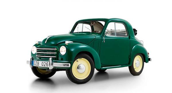 En av de billigaste bilar som gick att köpa 1954 känns faktiskt ombonad i dag! Klädselsatser och mattor går att köpa nytillverkade liksom suffletter. Trivsamma färgkombinationer!