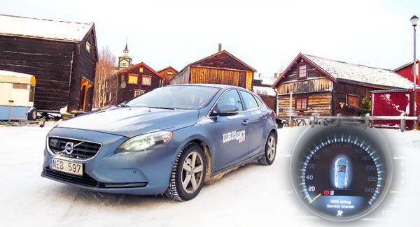 Vinterkapabel bil med trolig falskvarning.