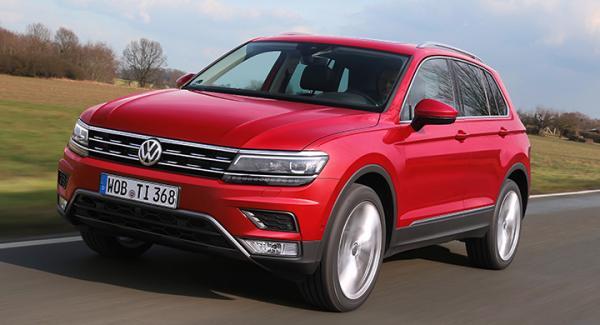 """Tiguans vassare front är lånad från nya Passat. Volkswagens designteam säger sig ha jobbat enligt devisen """"less is more""""."""