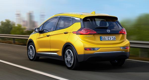 Opel Ampera-e nådde över 40 mil i räckviddstest.