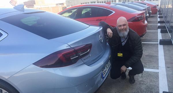 Tommy Wahlström tror att nya Opel Insignia kan bli en tuff konkurrent för VW Passat och Ford Mondeo.