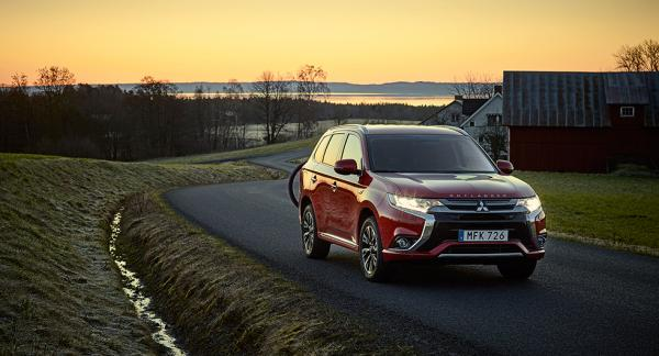 Som laddhybrid är Mitsubishi Outlander populär i Sverige. 2016 registrerades 1819 nya exemplar, enligt Bil Sweden.