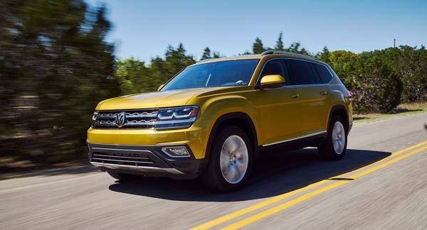 Sjusitsiga suven Volkswagen Atlas säljs i USA, med generös garanti.