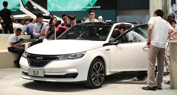 Nevs eldrivna sedankoncept 9-3 på teknikmässan i Shanghai tidigare i år. Nevs har säkrat en miljard kronor genom en kinesisk investerare.