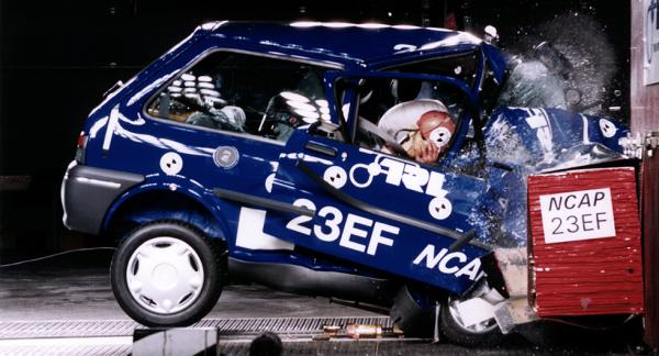 Rover 100 fick bara en stjärna i Euro NCAP:s första testomgång för 20 år sedan.
