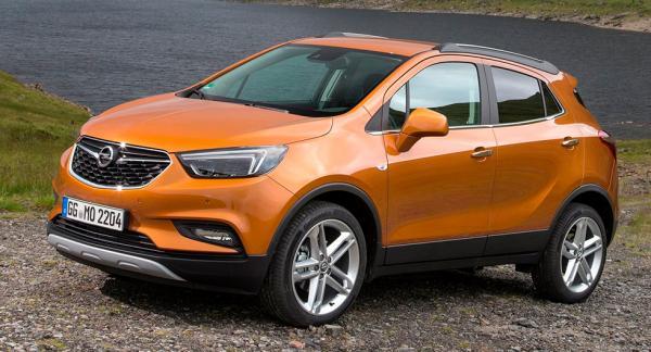 Frågeställaren har köpt en ny Opel Mokka och oroar sig över om det blir garantiproblem om det görs en rostskyddsbehandling.