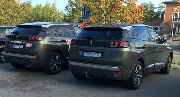 Långteststallet Peugeot 3008 hittade en kompis på parkeringen.