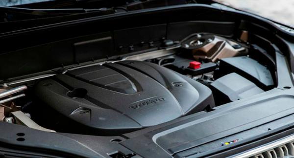 Frågeställaren undrar om Volvo mixtrar med sina dieselmotorer.