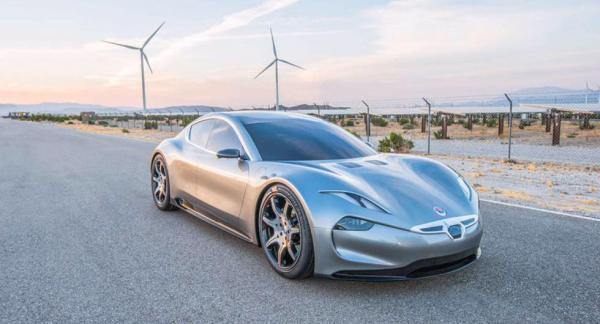 Fisker satsar på att ta fram så kallade solid-state-batterier. Bilen på bilden, EMotion, lagrar energin i ett vanligt litiumjonbatteri, men det är specialutvecklat av LG Chem och ger en räckvidd på drygt 64 mil. EMotion kommer 2019.