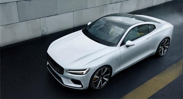Polestar 1 beskrivs som en eldriven hybrid GT Coupé. Den levererar 600 hästkrafter och har ett maximalt vridmoment på 1.000 Newtonmeter.