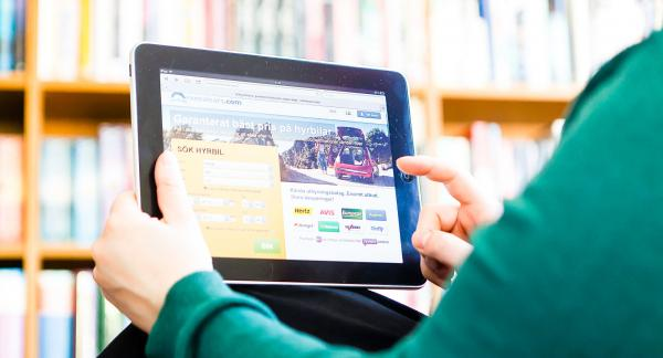 Konsumentens ställning gentemot hybilsföretagen har stärkts genom en dom i Patent- och marknadsdomstolen.