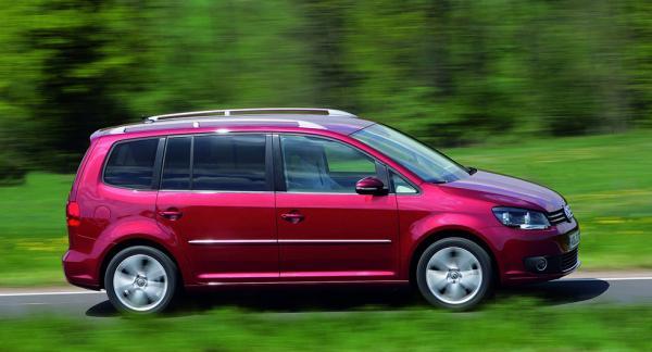 Frågeställarens Volkswagen Touran sträckte sin tredje kamkedja vid 15.000 mil.