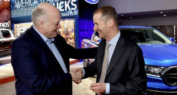 Jim Hackett, Ford, och Herbert Diess, Volkswagen. Foto: Volkswagen