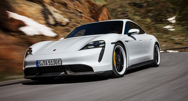 Porsches första elbil blir inte billig men Taycan är snabbare än de flesta av märkets befintliga modeller. 0–100 km/tim går på 2,8 sekunder.