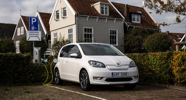 CitigoE iV ingår i VW-koncernens nylanserade eltrio tillsammans med Volkswagen e-Up och Seat Mii Electric.