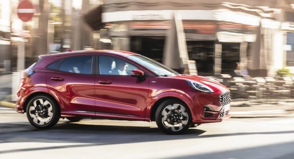 """Designteamets mål var att bygga """"den snyggaste bil du någonsin ägt"""" och formen ska vara både atletisk och kramgo."""