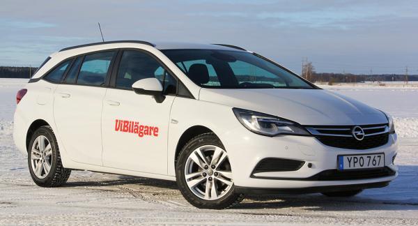 Opel Astra, här som kombi, har inte sålt lika bra som tidigare. Ändå borde den passa många svenskar.