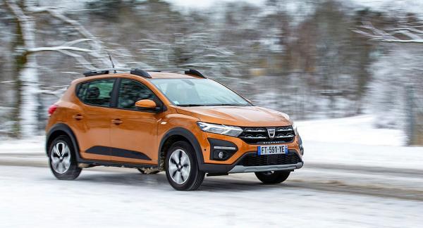 Dacia Sandero är den billigaste nya bilen som går att köpa i Sverige.