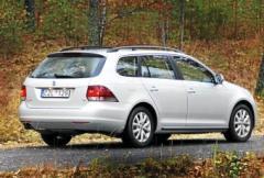 Volkswagen Golf Variant - ovanligt gyllene medelväg